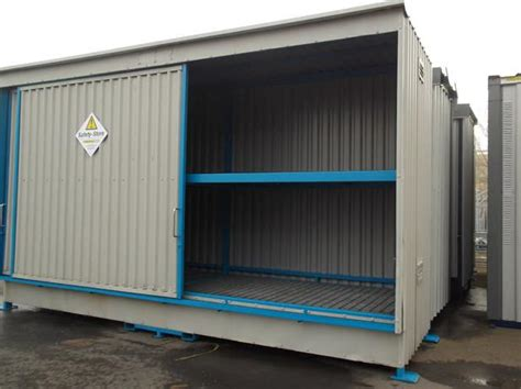 oil  chemical drum storage  spill containment