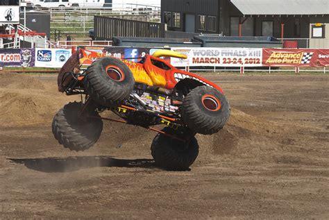 el toro loco monster truck videos el toro loco monster truck by brandonlee88 on deviantart