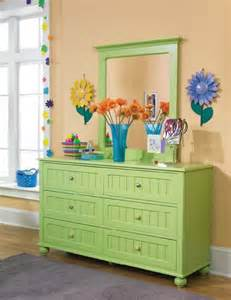 tips for decorating a dresser furniture artistic
