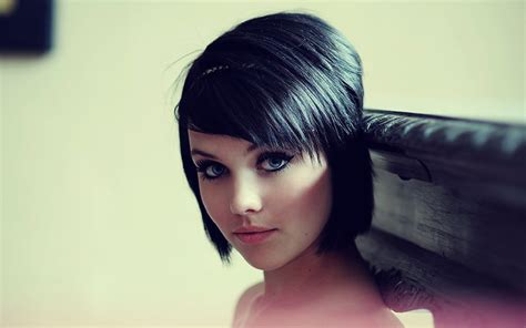 haircuts for small eyes the prettiest prom hairstyles for short hair hair for prom