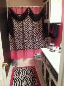 zebra bathroom decorating ideas 17 best ideas about zebra bathroom decor on pinterest
