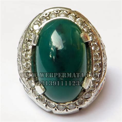 Kalung Batu Bacan Doko gambar cincin dan kalung berlian gambar v