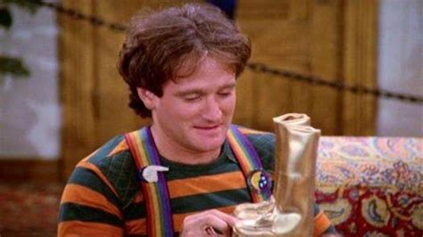 Mork Crop Top 1 rip robin williams dead top 5 best mork quotes