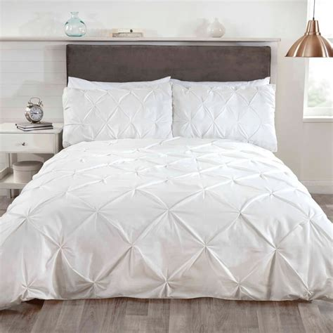 Tj Hughes Bedding Sets Shop Now For Bedding Sets At Www Tjhughes Co Uk Balmoral Pinch Pleat Duvet Set Click Collect