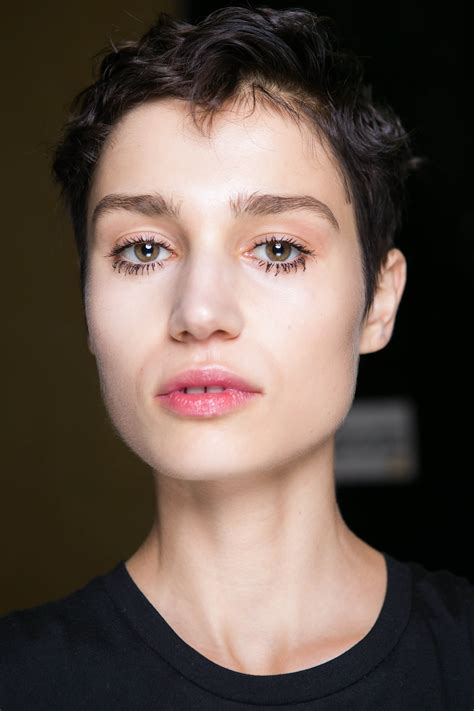 gamine haircuts pixie cuts for oval faces 5 directional looks to try now