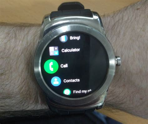 new android wear new android wear update brings theme to amoled devices