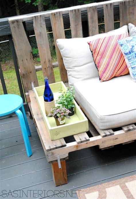 Porch Sofa by Diy Outdoor Pallet Sofa Burger