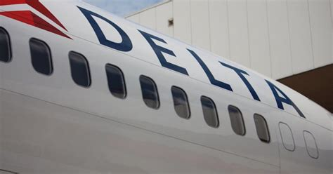 delta issues travel waiver for flights out of detroit during winter