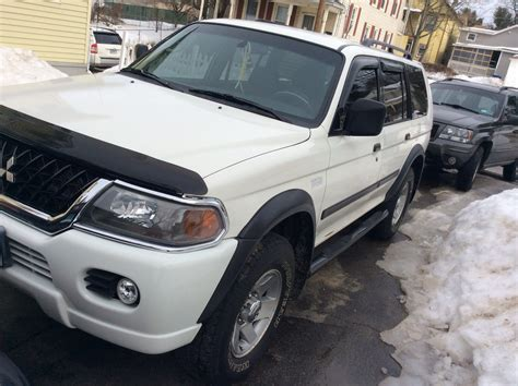 mitsubishi montero sport 2004 2004 mitsubishi montero sport overview cargurus