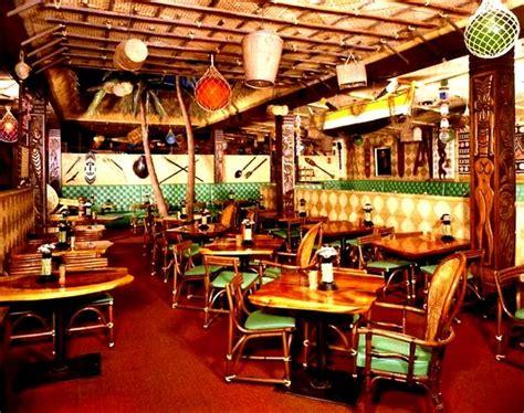 Tiki Bar Edmonton The Beachcomber In Edmonton Alberta Canada Critiki