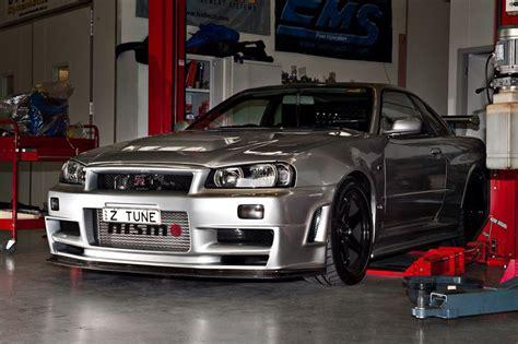 magical japanese cars      garage