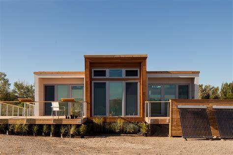 Solar Decathlon 2013: Borealis, a small house for shared