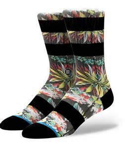 stance kamea floral print crew socks at zumiez pdp