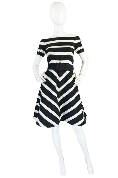 40006 White V Shape Sml Dress 1980s black and white scassi striped dress