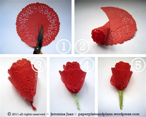 Roses Paper Craft - no fuss paper roses paper plate and plane