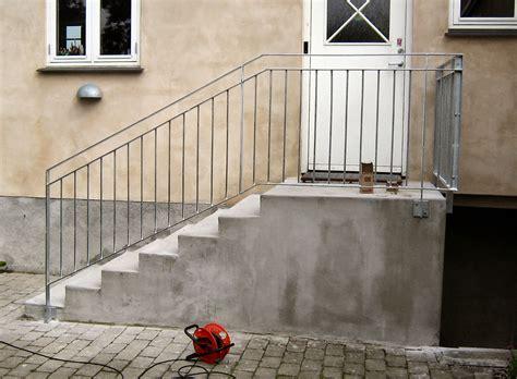 Terrasse Mit Geländer by Inspiration Til Udend 248 Rs Terrasse Med Trappe