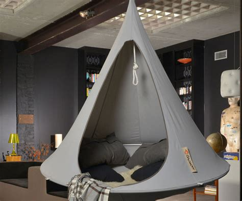 How To Hang A Hammock Chair Indoors by Hanging Cocoon Hammock Chair
