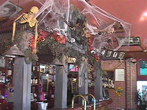 halloween themes for a bar pin by michelle orr on halloween decor pinterest