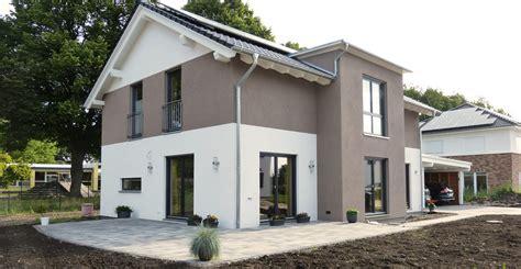 Pflastersteine Einfahrt Modern by Gartengestaltung Pflasterung Einfahrt Terrasse