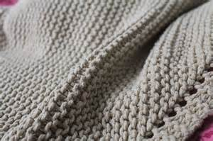 patron couverture bebe tricot point mousse