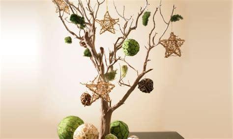 centros de mesa con ramas de arbol imagui