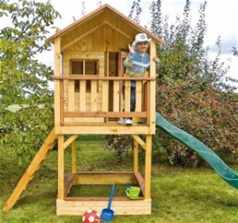 Garten Spielzeug by Baumhaus Und Kinderspielhaus Sichtschutzzaun Und Sichtschutzz 228 Une Der