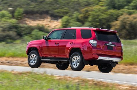 suv toyota 4runner 2017 toyota 4runner suv review price models and specs