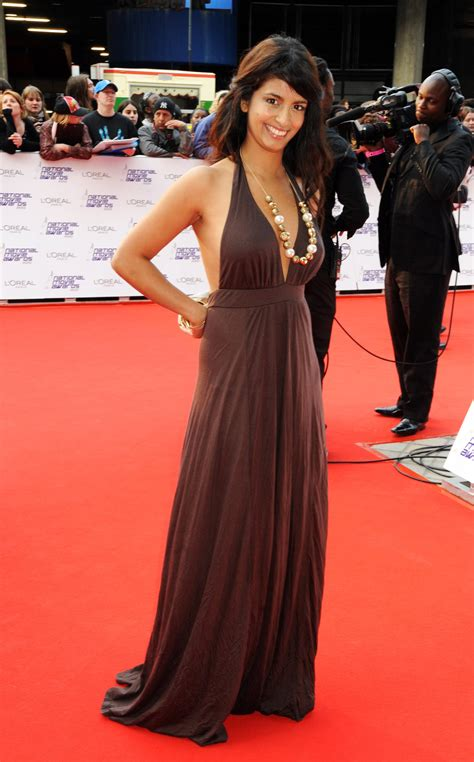uk celebrities on facebook pictures of celebrities women on the red carpet at the