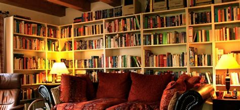 living in books a room without books is like a without a soul