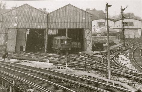 Peckham Shed by The Brighton Branch Of A S L E F