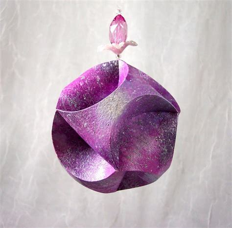Paper Craft Ornaments - you to see paper ornament on craftsy