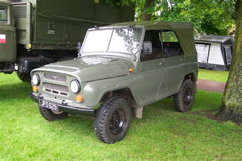 uaz jeep military items military vehicles military trucks
