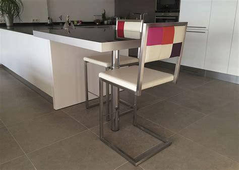 pied bar cuisine chaise de bar design echass pied mobilier les pieds sur