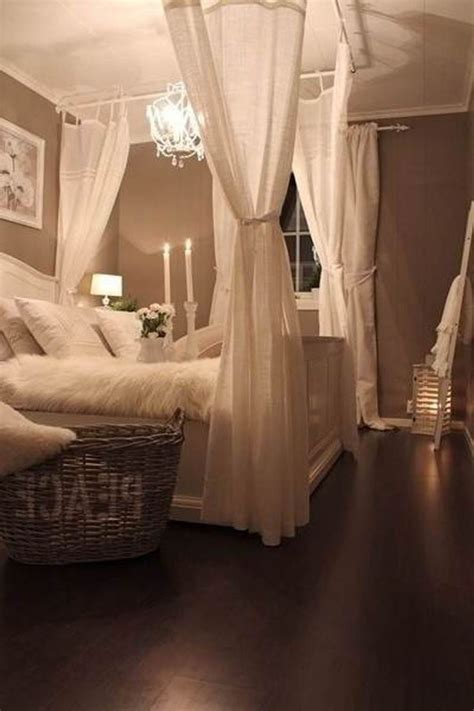 bedroom curtain rods 25 best ideas about curtain rod canopy on pinterest