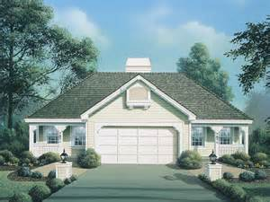 Cottages With Breezeway floor plans with detached garage on open floor plan with breezeway