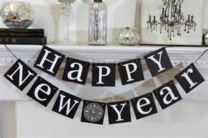 stylish black and white hanging words for table decoration