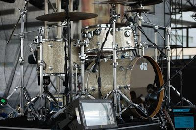 drum tutorial in manila anthony dio on drums usher in manila my friends front