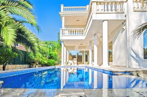 explore boca raton s most expensive homes for sale right now