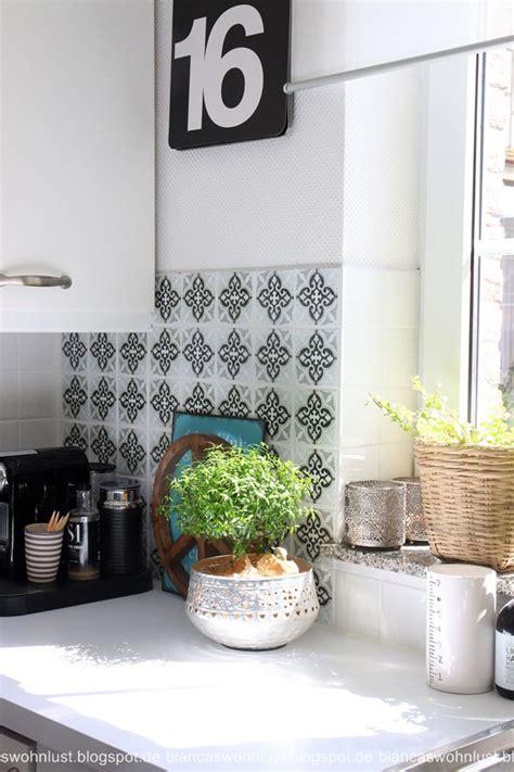 alte küchenfliesen verschönern weiss k 252 che fliesenspiegel
