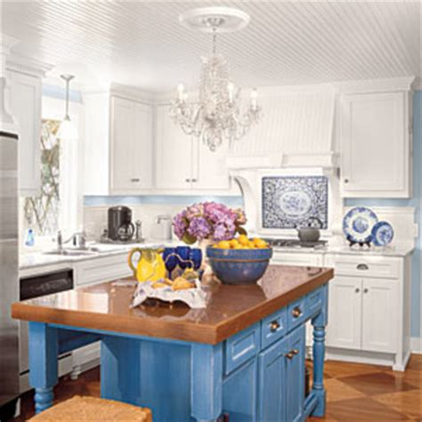 Kitchen Island Accent Color Contrasting Color Island