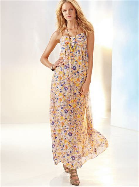 Flowerly Maxy beautiful flowery maxi summer dresses 2011