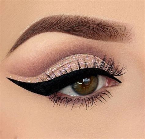 Mac Palette Grade A Make Up Eye Shadow Blush On blue brown cat eye eye makeup eyeliner