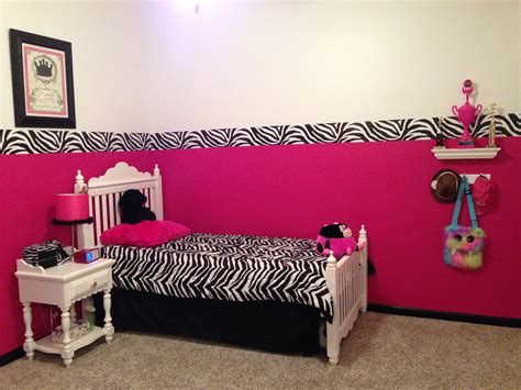 zebra decorations for a bedroom hot pink zebra room decor pinterest pink zebra rooms