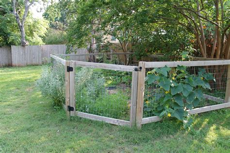 Ideas For Small Vegetable Garden Fence Fence Ideas Ideas For Fencing In A Garden