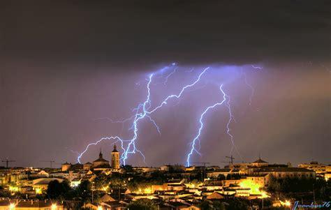 imagenes de fuertes tormentas tormenta el 233 ctrica y fuertes lluvias causan primera