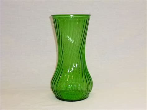 Hoosier Glass Vases by Vintage Hoosier Green Glass Vase Beautiful By Oldschooldeals
