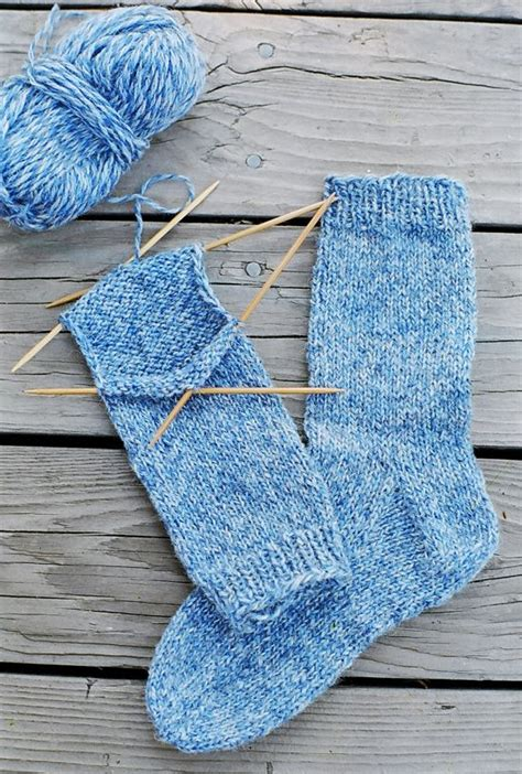 easy knit socks for beginners beginner knitting beginner sock patterns