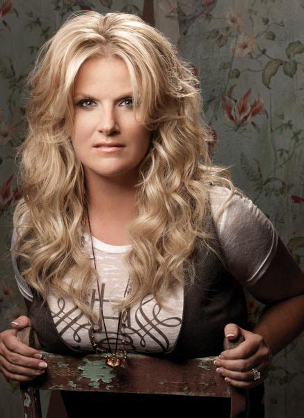 trisha yearwood shaggy hairstyle 36 best images about hairstyle on pinterest office