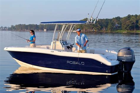 robalo boat dealers in ma 2018 robalo r200 center console power boat for sale www