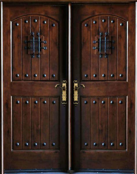 Exterior Door Swing Knotty Alder Exterior Front Entry Door 30 Quot X80 Quot X2 Left Swing In Traditional